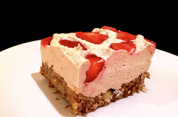 Strawberry Cheesecake Slice