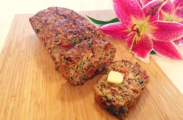 Bacon, Sundried Tomato & Basil Loaf